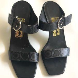 Salvatore Ferragamo leather sandals size 7.5 black